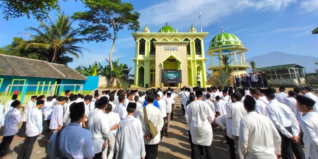 Act for Brotherhood and Caring Others,  Tazkia IIBS to Have Another Mabit with PPYD Al-Ikhlas