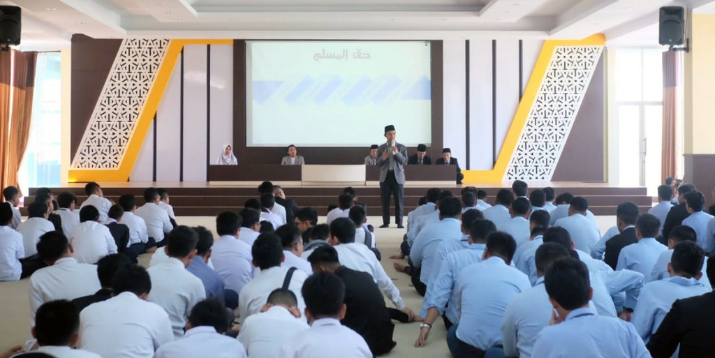 Student Orientation: Director of Tazkia IIBS Highlights Attitude and Morality Issues
