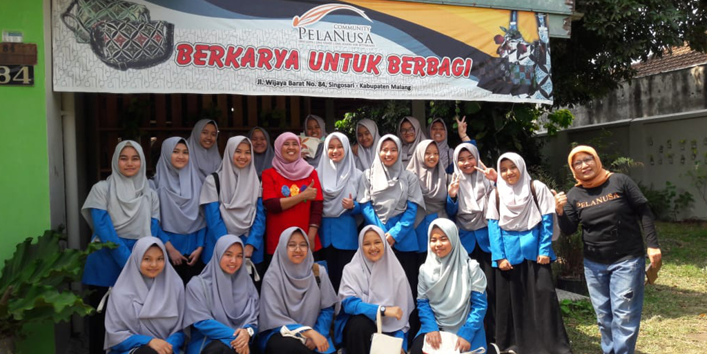 To Enrich Students' Skill in Specialisation Programs, SMA Tazkia IIBS Regularly Holds Field Studies